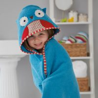 skiphop-zoo-hooded-kid-towel-mitt-set-owl3